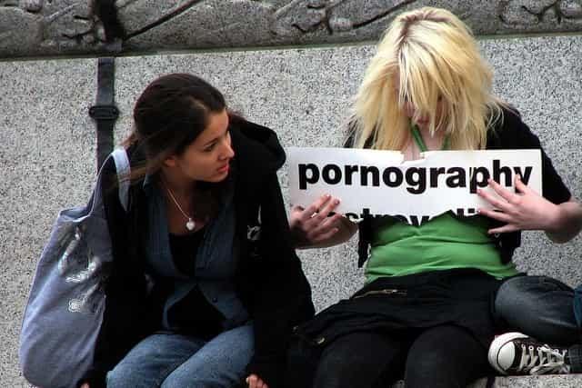 Pornografía ya es ilegal